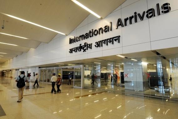 Картинки по запросу фото аэропорт Дели