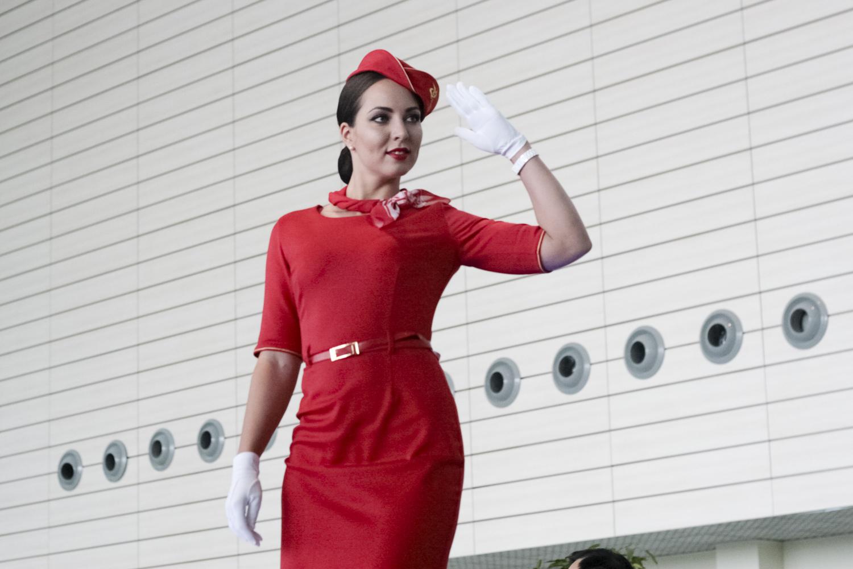 foto-styuardessa-so-zvezdoy