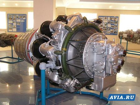 Первый такой двигатель - РД-10